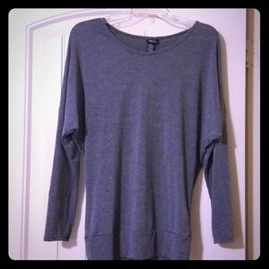 3/$10💜Rue 21 Grey Batwing Blouse